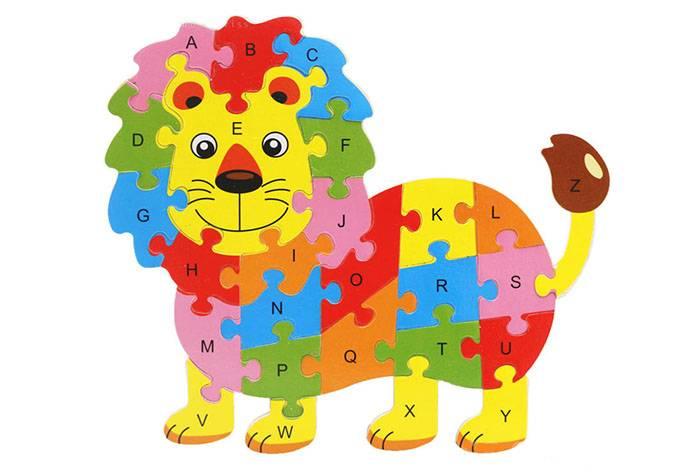 Львенок с английским алфавитом