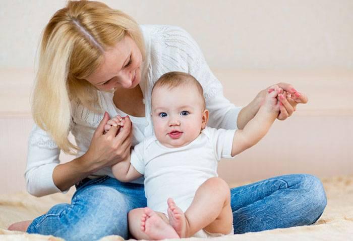 Подробная инструкция как научить ребнка сидеть с помощью комплекса специальных упражнений