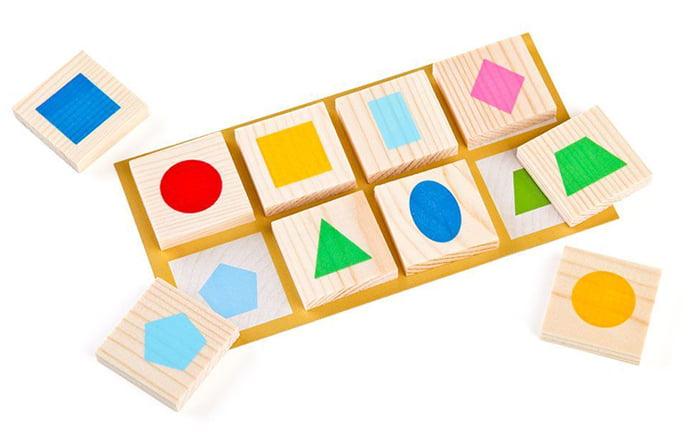 Игрушка для изучения геометрических фигур