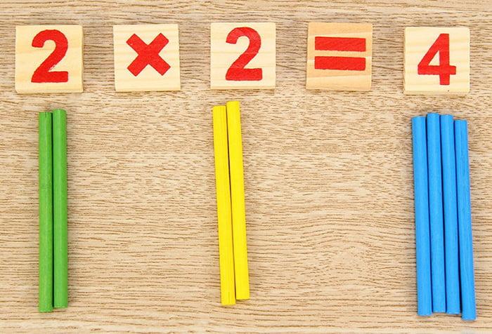 Пояснение принципа умножения на палочках