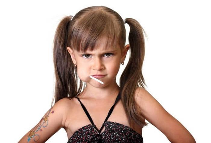 Девочка недовольна