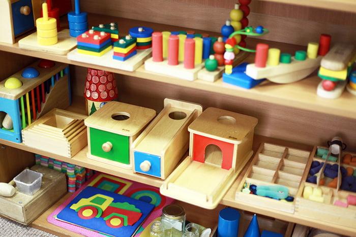 Развивающие игрушки Монтессори