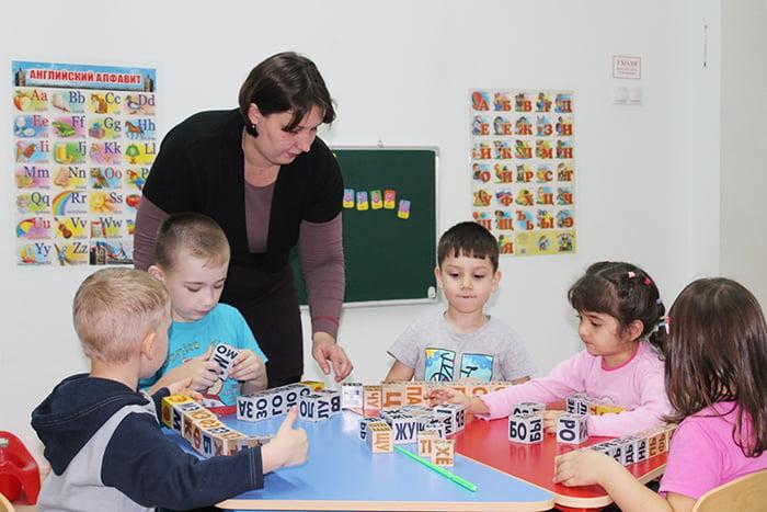 Занятие с детьми по методике Зайцева