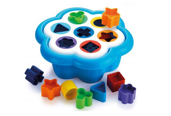 Пластиковый сортер для детей