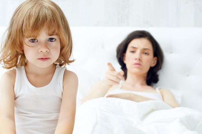 Мама не хочет видеть дочку