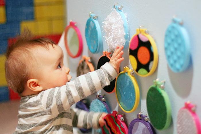 Развитие сенсорики у малыша