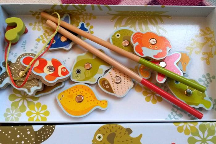 Игра для детей - магнитная рыбалка