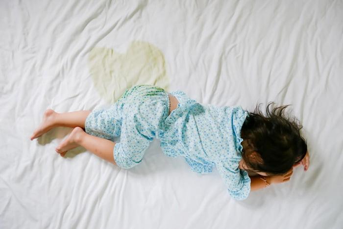 Ребенок описался во сне