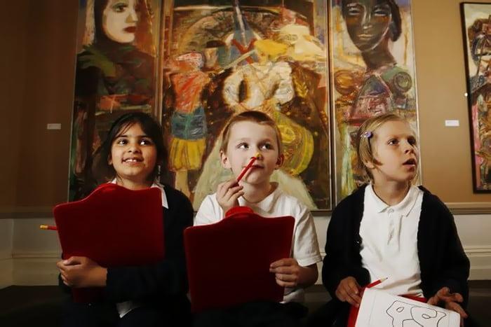 Дети на занятии в музее