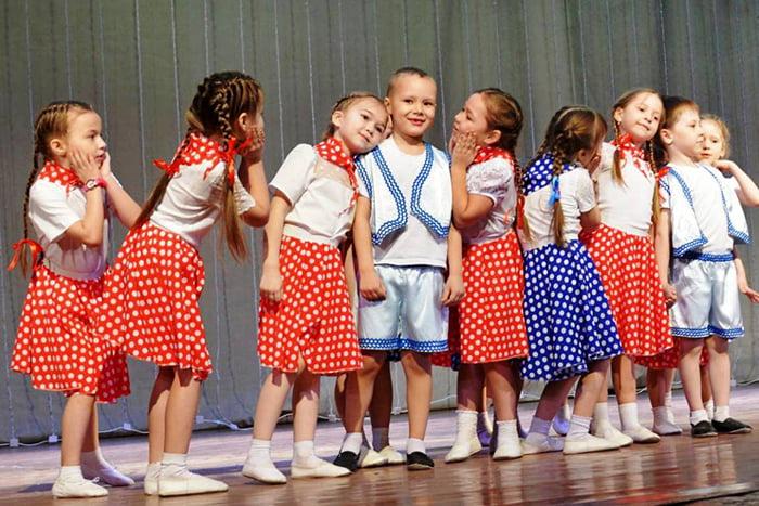 Выступление детей в детском саду