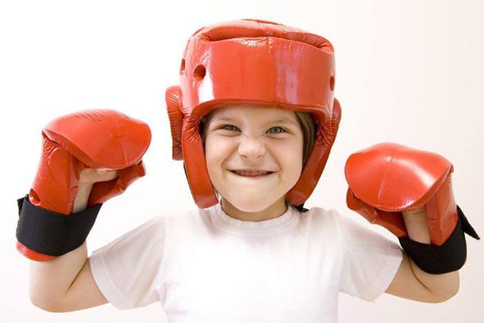 Ребенок боксер