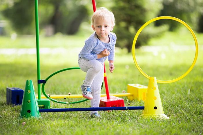 Детский игровой снаряд с обручами