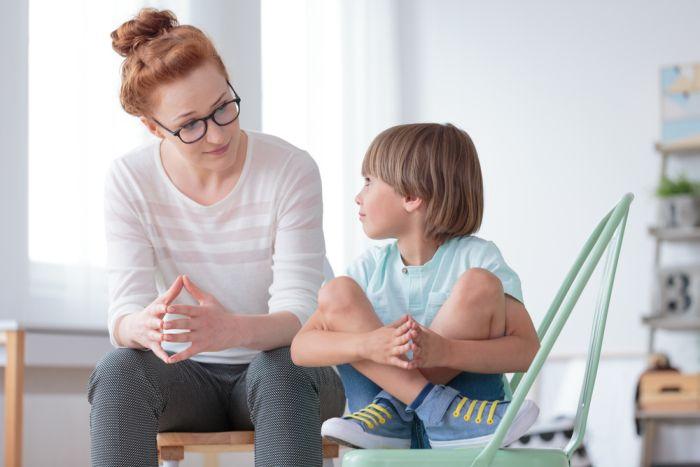 Учительница с ребенком