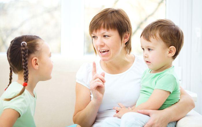 Как помочь, если ребенок зеркалит при письме. Когда необходимо обратиться за помощью к специалисту