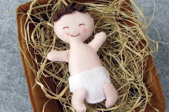 Фетровая фигурка Младенца Иисуса