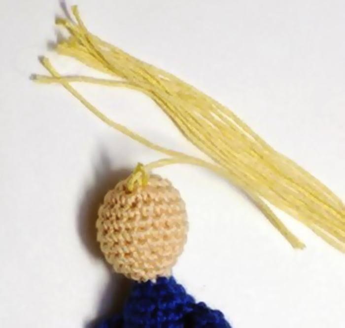 Изготовление волос для вязаной фигурки
