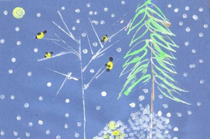 Пейзаж с синицами, нарисованный с помощью ватных палочек