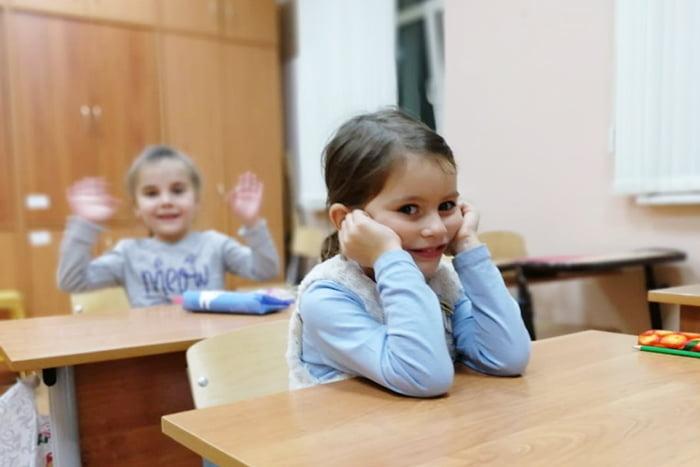 Девочки на приеме у школьного психолога