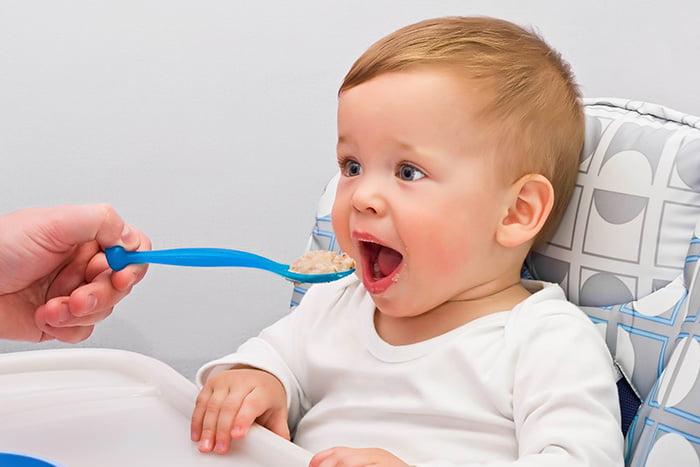 Кормление 11-месячного ребенка