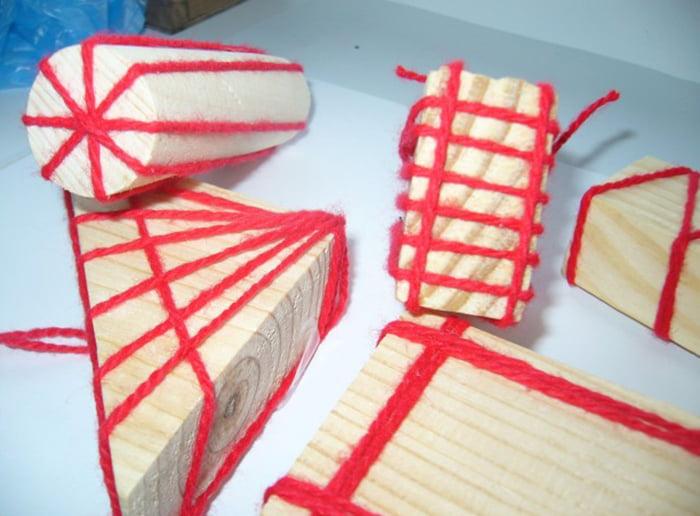 Самодельные штампы с нитками для рисования