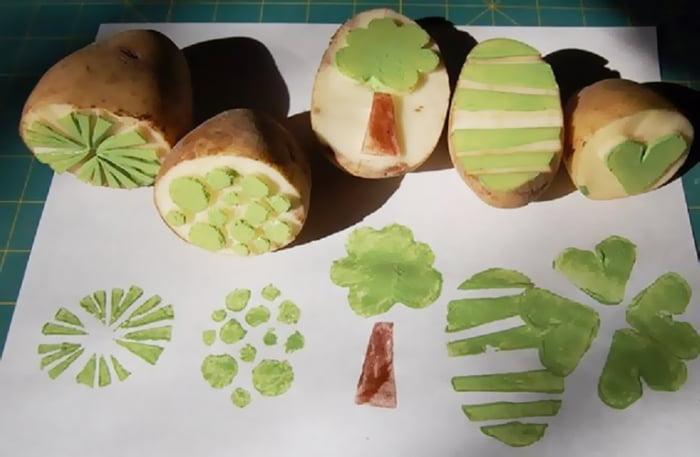 Самодельные штампы из разрезанной картошки