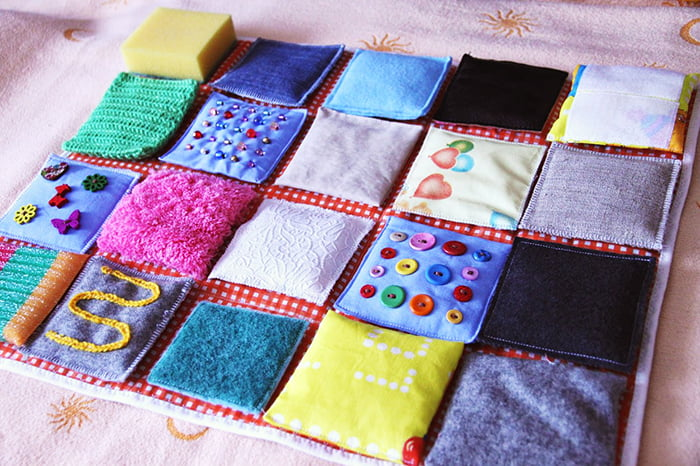 Тактильный коврик для малыша
