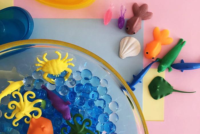 Тактильная игра - море из шариков гидрогеля
