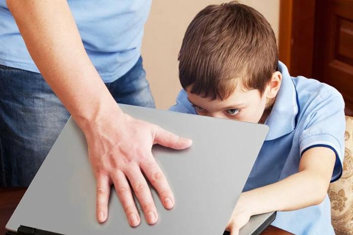 Интернет-зависимость у ребенка
