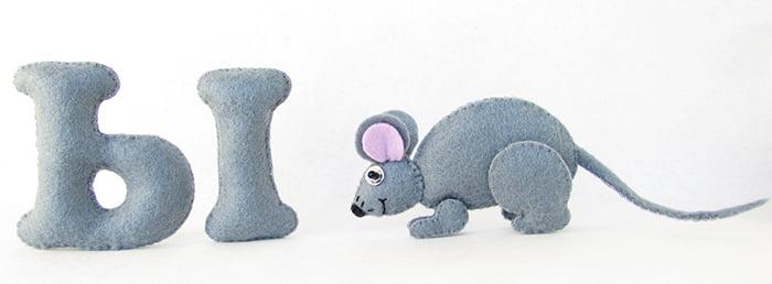 Буква Ы и мышка из фетра