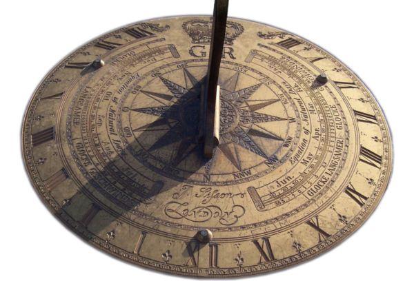 Солнечные Египетские часы