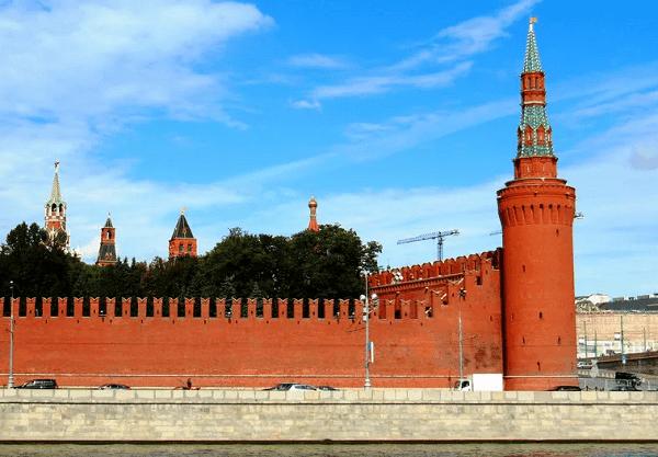 Беклемишевская (Москворецкая) башня