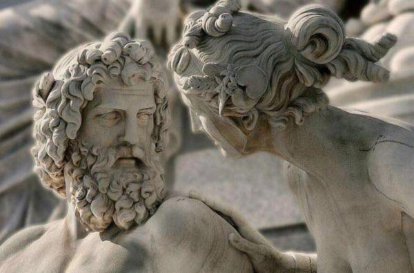 Статуя Зевса и Геры