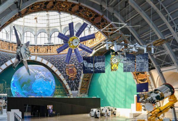 ВДНХ – огромный выставочный комплекс
