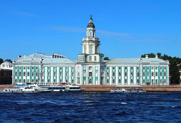 Музей в Питере Кунсткамера