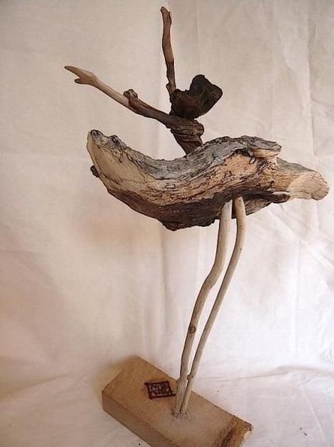 Балерина из коряги