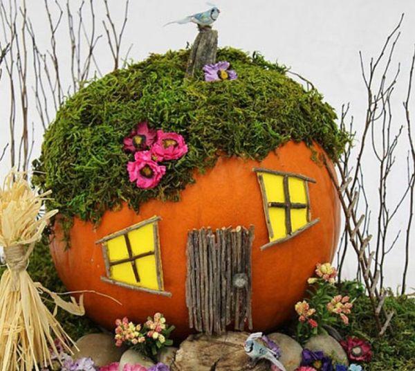 Дом из тыквы