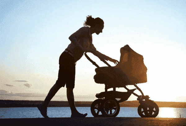 Прогулка с ребенком